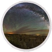 Pinnacles Overlook At Night Round Beach Towel