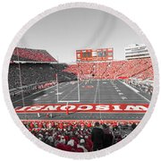 0095 Badger Football  Round Beach Towel