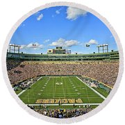 0539 Lambeau Field Round Beach Towel