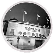 0879 Soldier Field Black And White Round Beach Towel