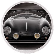 Black Speedster Round Beach Towel