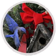 Bluebird Christmas Wreath Round Beach Towel