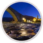Bobbio Round Beach Towel