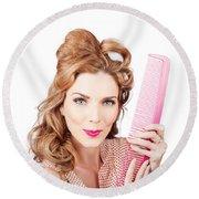 Cute Retro Female Hairdresser With Big Hair Comb Round Beach Towel