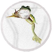 Frog On Waterline Round Beach Towel