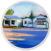 Huckstep's Garage Free Union Virginia Round Beach Towel