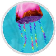 Jelly The Fish Round Beach Towel