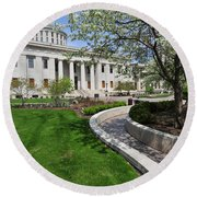 D13l-145 Ohio Statehouse Photo Round Beach Towel