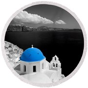 Oia Town On Santorini Island Greece Blue Dome Church Black And White. Round Beach Towel