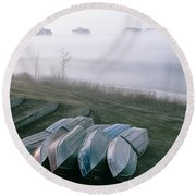 Round Beach Towel featuring the photograph Patiently Waiting by David Porteus