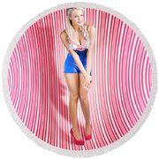 Retro Pinup Beauty On Psychedelic Background Round Beach Towel