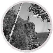 Split Rock Black And White Round Beach Towel by Bonfire Photography