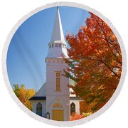 St Matthew's In Autumn Splendor Round Beach Towel