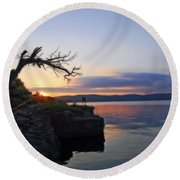 Sunrise Over Table Rock Lake Round Beach Towel