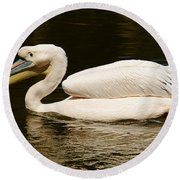 Swimming Pink Pelican Round Beach Towel