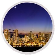 The Moon And Venus Over Honolulu Round Beach Towel