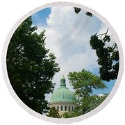 Us Naval Academy Chapel Dome Round Beach Towel