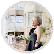 Wealthy Woman Round Beach Towel