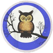 Whooo You Lookin' At Round Beach Towel