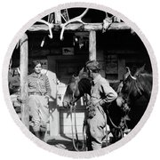 1920s 1930s Couple And Horses In Front Round Beach Towel