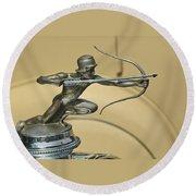 1928 Pierce Arrow Helmeted Archer Hood Ornament Round Beach Towel