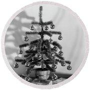 1940s Small Christmas Tree Decorated Round Beach Towel