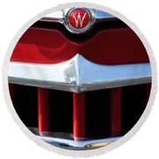 1950 Willys Overland Jeepster Hood Emblem Round Beach Towel