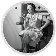 1950s Housewife Sitting On Stool Round Beach Towel