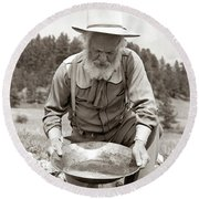 1950s Male Prospector Panning For Gold Round Beach Towel