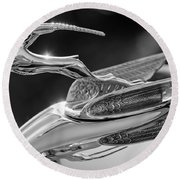 1933 Chrysler Imperial Hood Ornament -0484bw Round Beach Towel