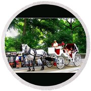 Horse And Carriage In Central Park Round Beach Towel