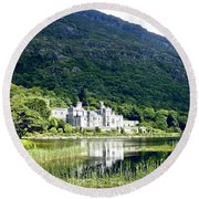 Kylemore Abbey Round Beach Towel