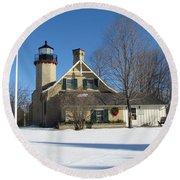 Mcgulpin Point Lighthouse In Winter Round Beach Towel