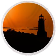 Winter Island Lighthouse Sunrise Round Beach Towel