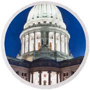 Wisconsin State Capitol Building At Night Round Beach Towel
