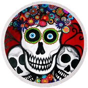 3 Skulls Round Beach Towel