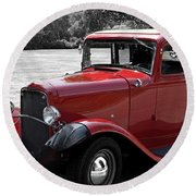 32 Ford Coupe Charmer Round Beach Towel