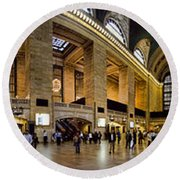 360 Panorama Of Grand Central Terminal Round Beach Towel