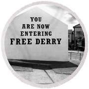 Free Derry Corner 5 Round Beach Towel