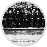 5th Solvay Conference Of 1927 Round Beach Towel