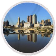 Fx1l-1058 Columbus Ohio Skyline Photo Round Beach Towel