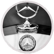 Mercedes-benz Hood Ornament Round Beach Towel