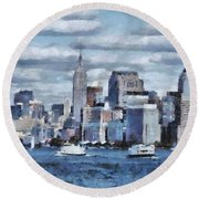 A Day In The Big City Round Beach Towel
