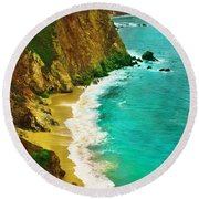 A Day On The Ocean Round Beach Towel