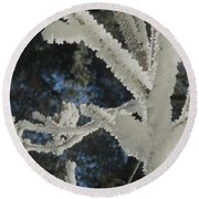A Frosty Morning Round Beach Towel