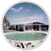 A House In Miami Round Beach Towel