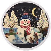 A Magical Night In The Snow Round Beach Towel