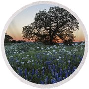 A Splendid Texas Sunset Round Beach Towel