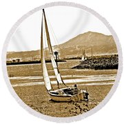 A Welcome Wind Round Beach Towel