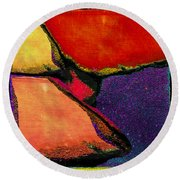 Abstract In Reds Round Beach Towel